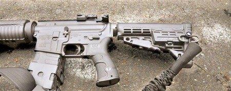 CAA CBS, Składana kolba do karabinków AR - czarny